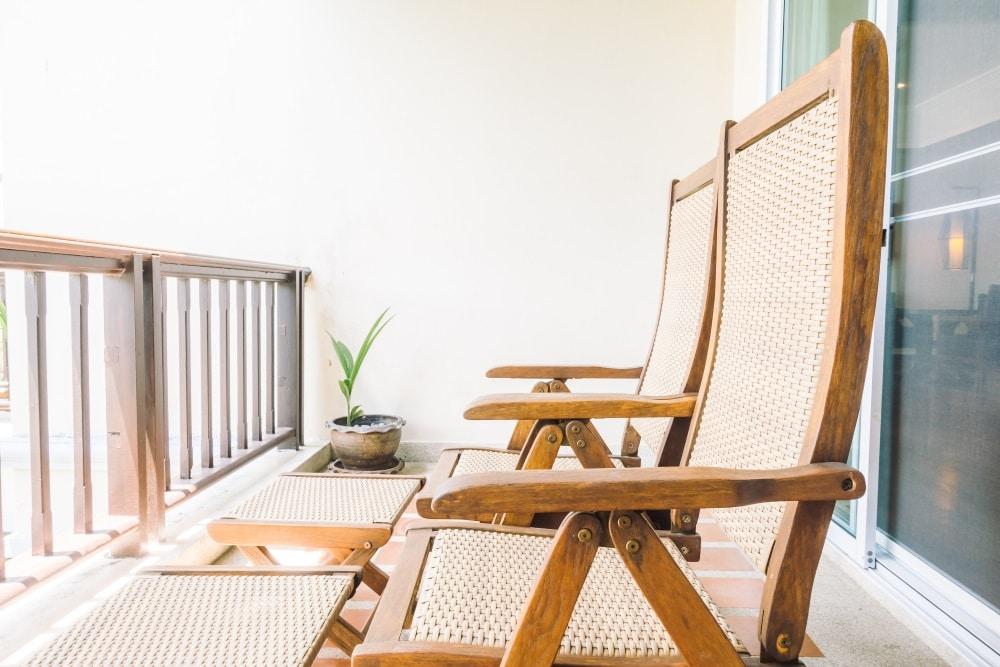 Balkonstühle aus Holz